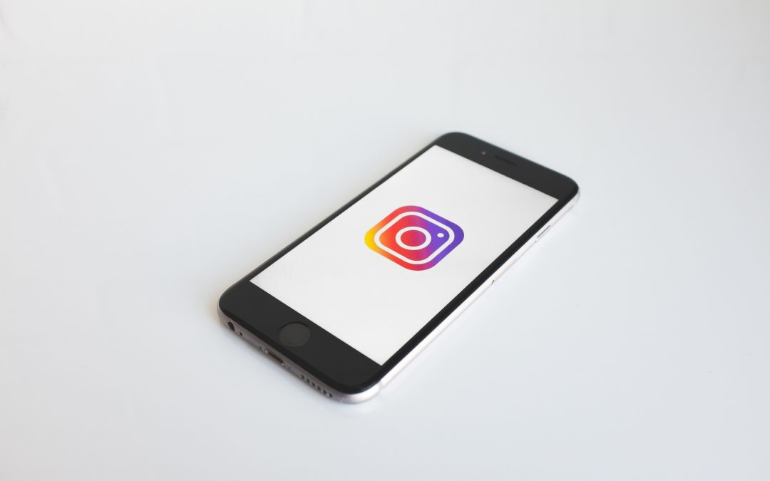 Social Media Marketing 101: Crafting an Effective Instagram Post for Your Dental Practice